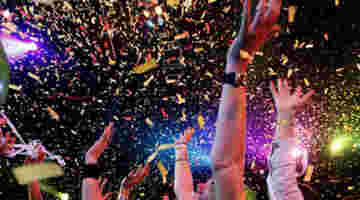 Enjoy New Zealand New Year's Eve by Hosting a Garage Party!